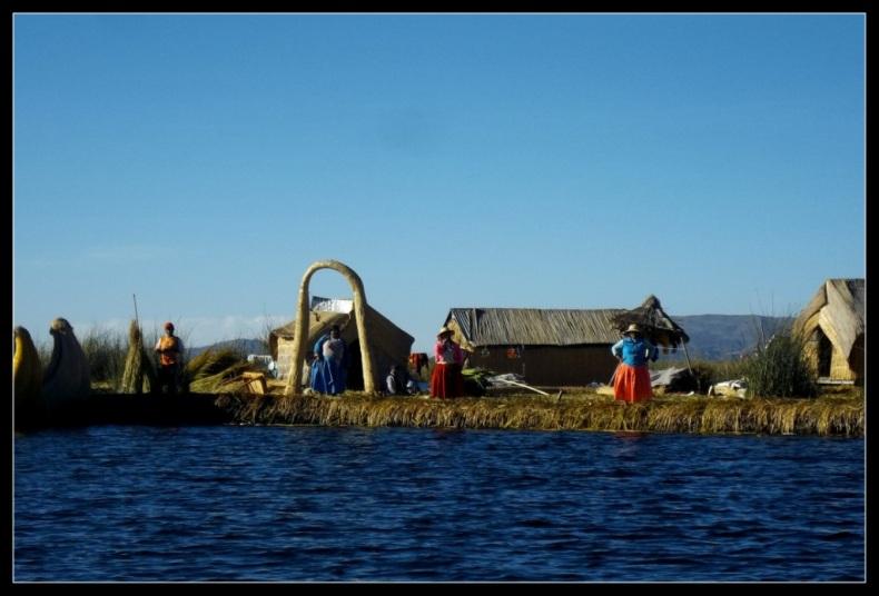 Isla Flotante de los Uros