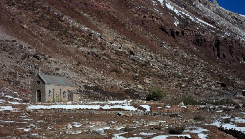 Capilla en el Puente del Inca