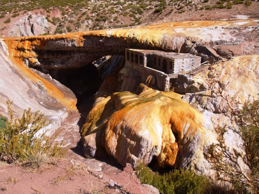 Puente Del Inca. Mendoza