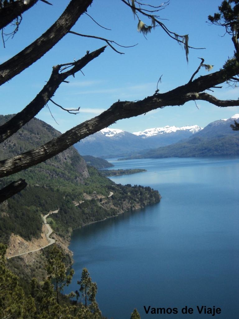 el lago lacar