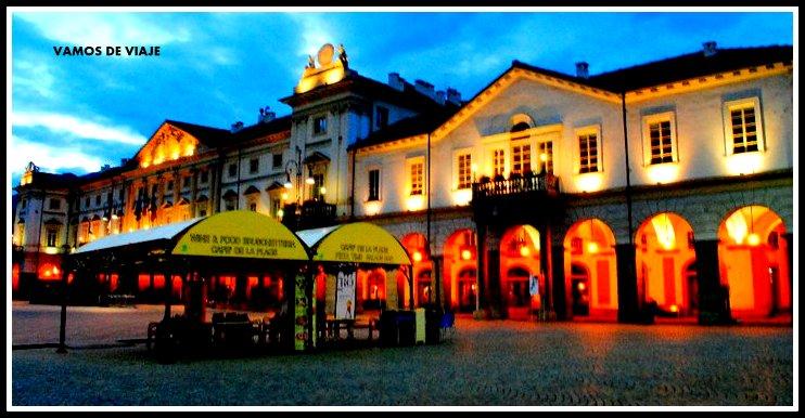 PALACIO DE AYUNTAMIENTO Y HOTEL DES ETATS