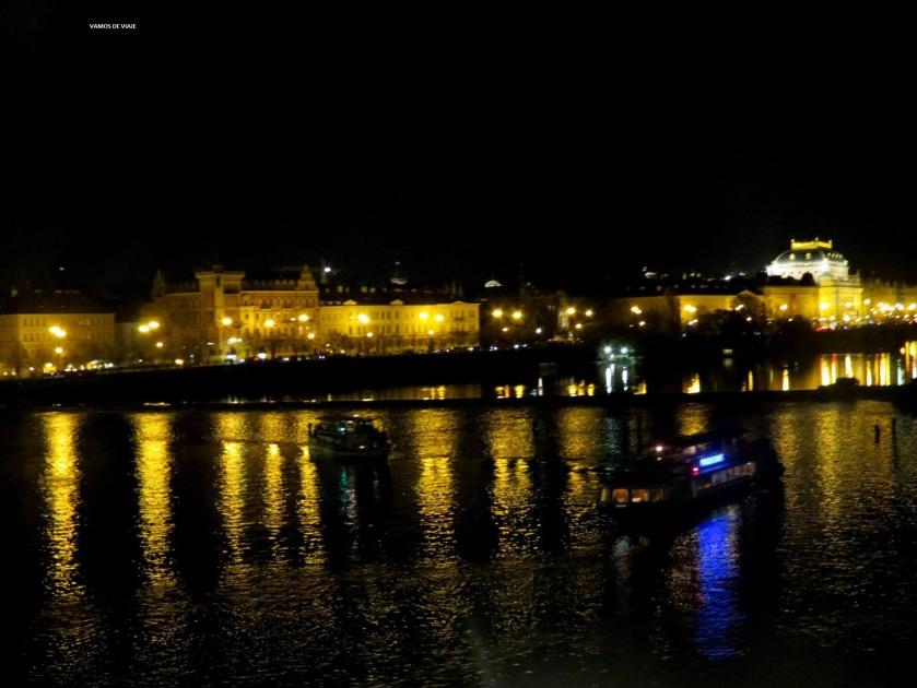 PRAGA NOCTURNA